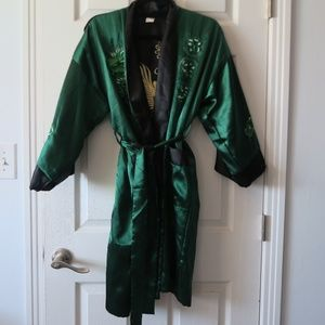 Kimono - Silky and Reversible Black-Green